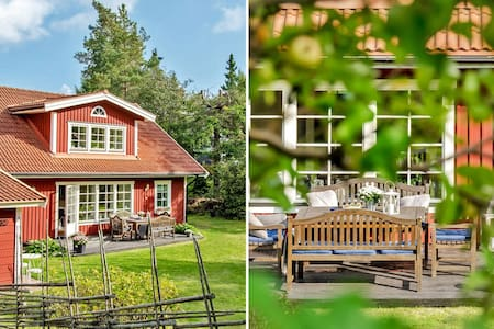 Traditional Swedish house and garden Greater Sthlm - Täby - Haus