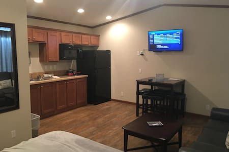 Monkey Island - Motel Room/Cabin