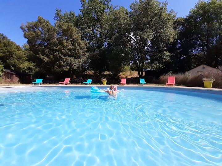 Studio Rocamadour avec piscine au Mas des 3 ânes