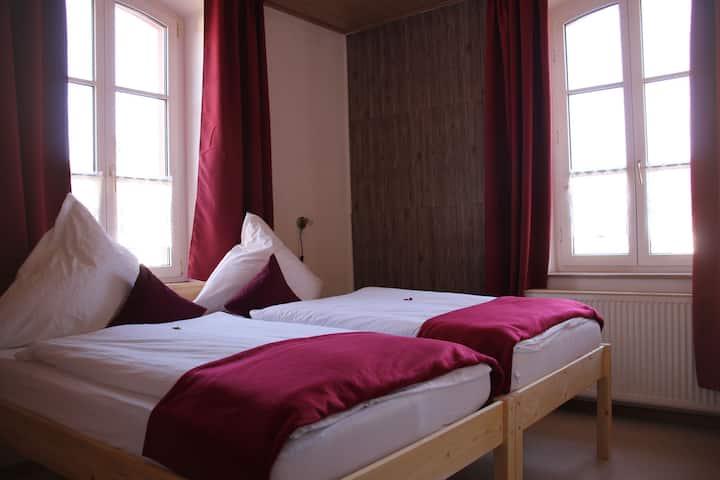 Gasthaus zum Schwanen, (Oberkirch-Nußbach), Doppelzimmer mit Dusche und WC