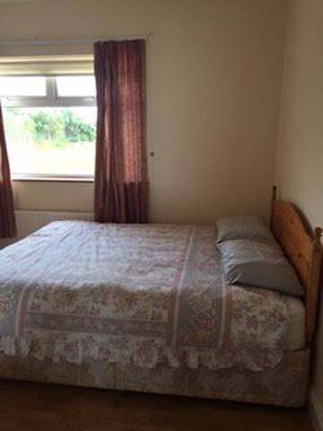Erris Accomodation Room 5 - Belmullet