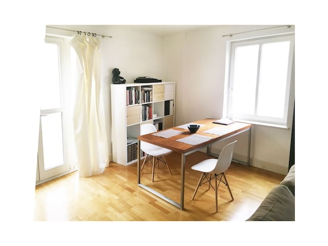 Double bedroom with private bathroom in Aldgate
