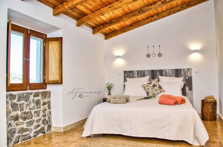 Casa da Oliveirinha - Moradia familiar com vista