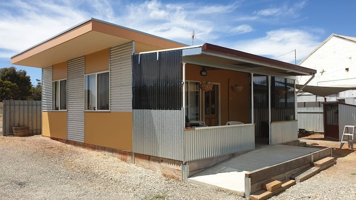 Contemporary Australian Style Studio