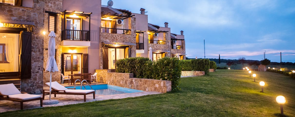 s4sani - S3 Luxury Residence with Private Pool