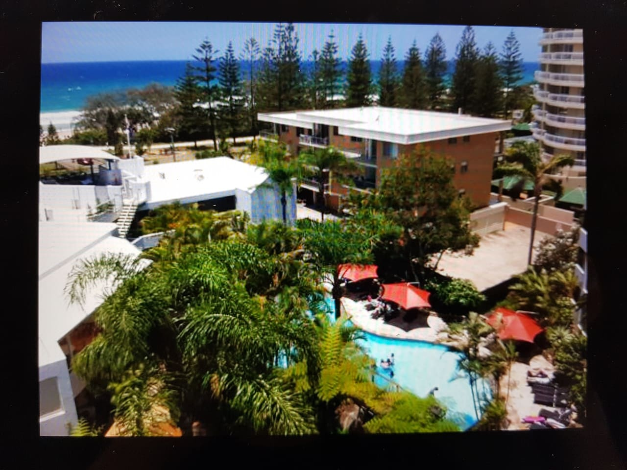 Mariner Shores Resort and Beach Club is your family holiday oasis located at North Burleigh.