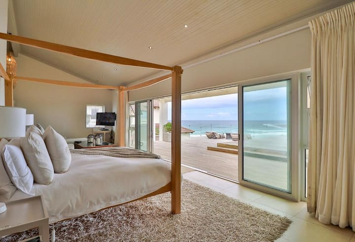 Luxury Beach House Perfect Holiday Family/Friends