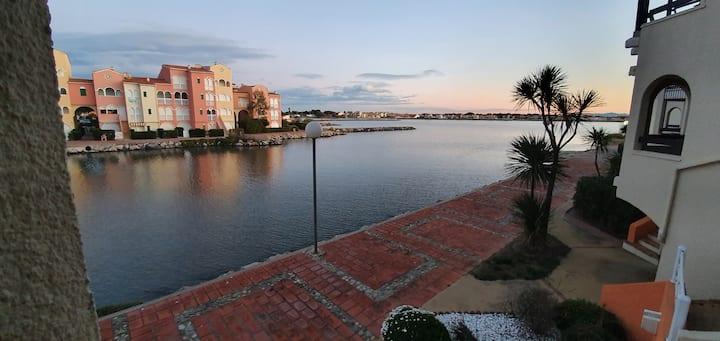 Appartement avec vue sur le lac marin avec WIFI