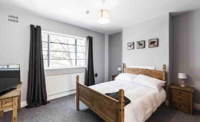 2 Bedroom Apt With Private Bathroom Clerkenwell