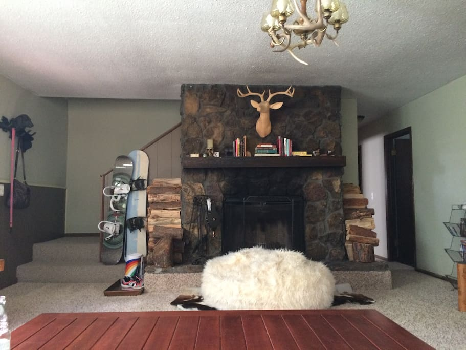 Working fireplace with plenty of wood burn. Snowboards available for use.