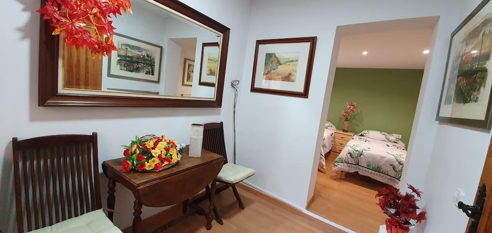 Apartamento 1 con cocina y baño para 2 personas.