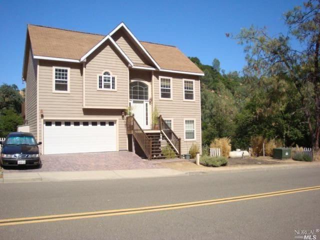 House In Napa Valley Next To Lake Berryessa