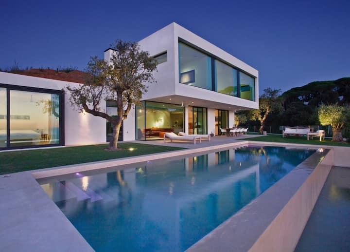 Luxe villa, Casa Alegria