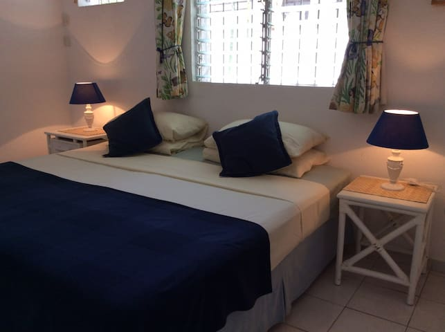 The air-conditioned bedroom can be made up as a King-size or twin beds.