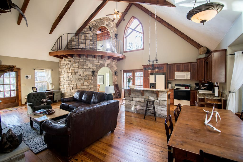 Sprawling open living room with vaulted ceiling