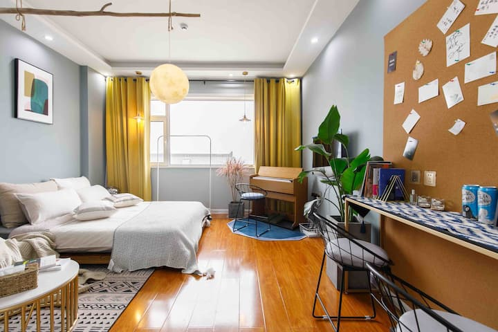 【004】孔子故里 市中心  毗邻三孔景区/香格里拉旁 复古风琴 冷淡风 一室公寓