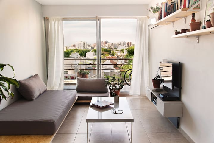 Stylish sunny apartment in Colegiales