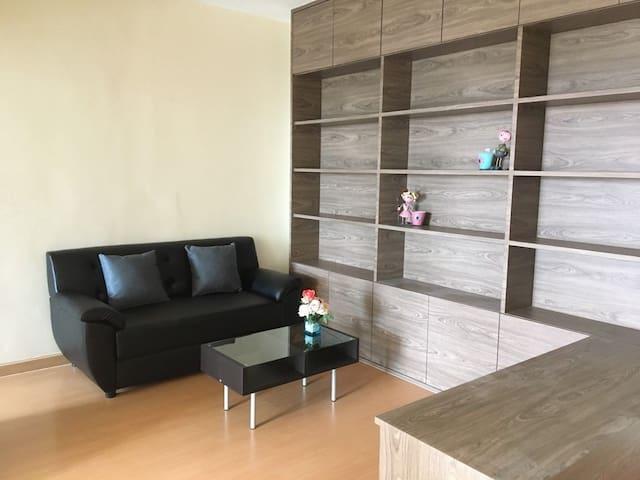 Full function Budget apartment in Bangkok