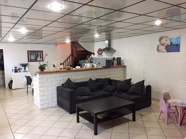 Grand appartement T4 117 m2 - Coarraze - Pis