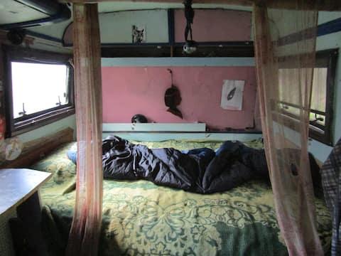 Magic Bus Caravan