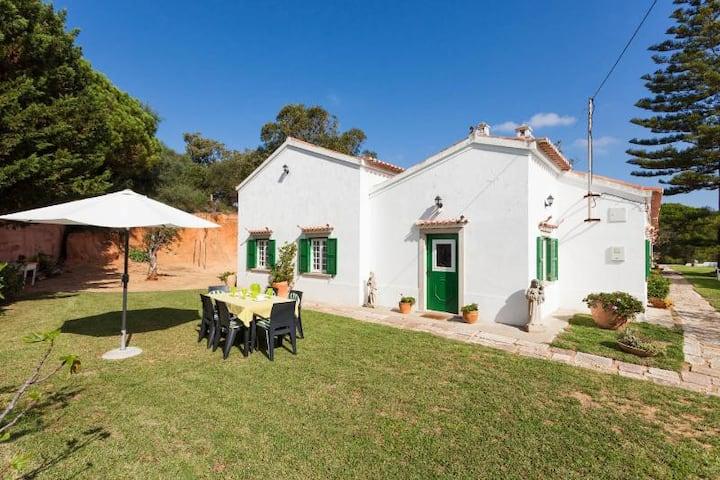 Quinta da Meia-Praia, House 1