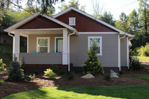 NEW! Short Walk to Downtown! No Management Fees