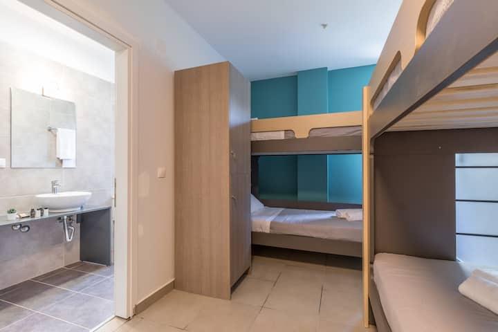 """Local Hostel & Suites """" Private Dorm-Room """""""
