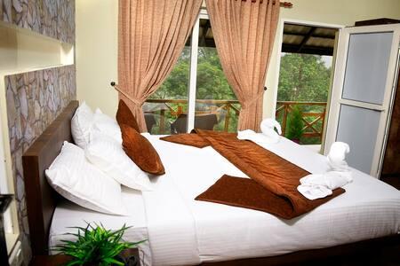 Raarees Mist Resort Executive Rooms