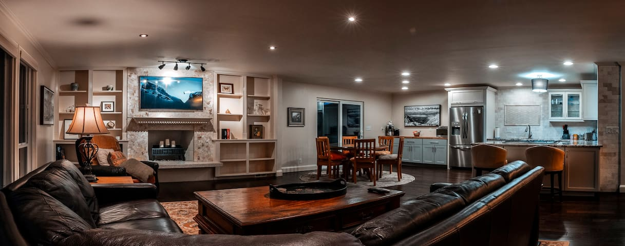 ❀ 2000 ft² Apartment w/ Wasatch Mtn Views ❀
