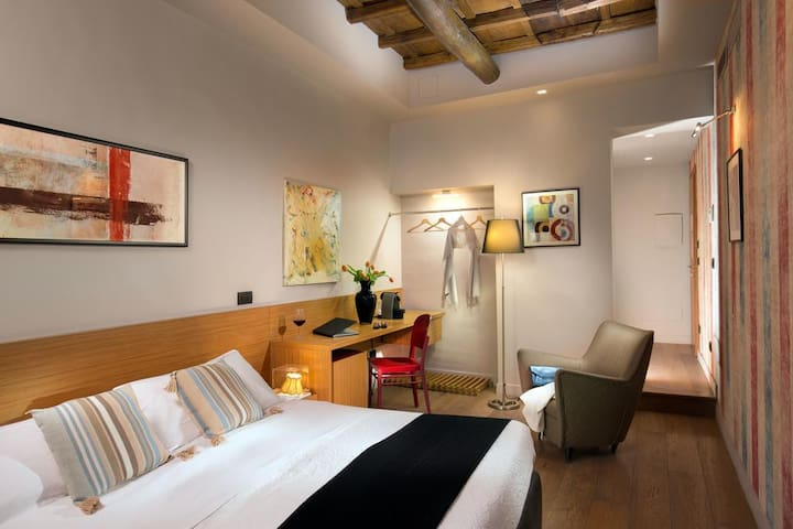Il Nido del Gambero-Your Suite over the Roman Roof