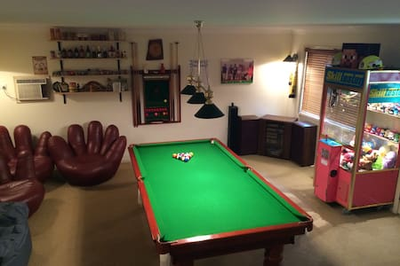2 story Games Room, Bar + Bedroom - Aberdare