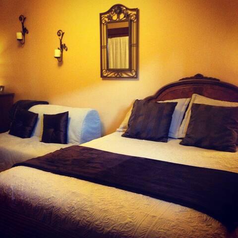 Mojito Room at Casa Grande Inn B&B