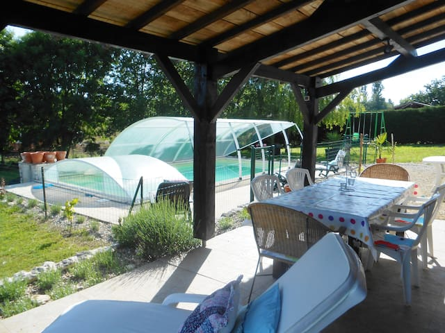 gite with a private seasonal pool - Castillonnès - Bungalow