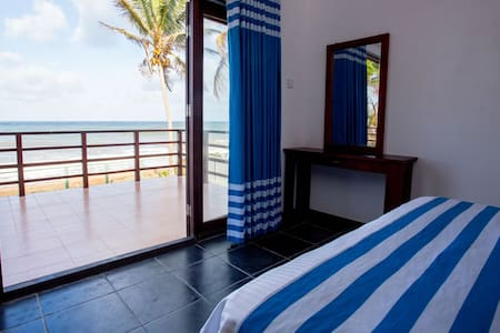 Seaside Villa Blue - Negombo