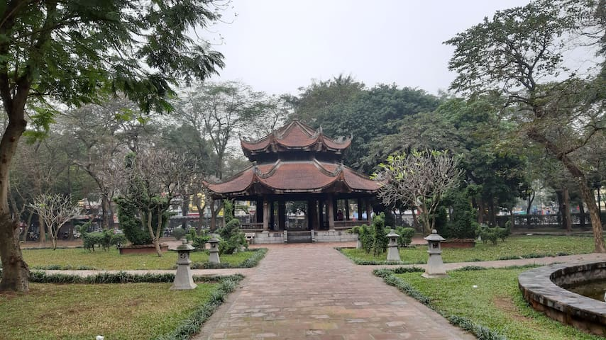 Private bedroom central of Hanoi