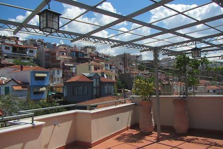 Terrace studio in Old Town - Thessaloniki - Pis