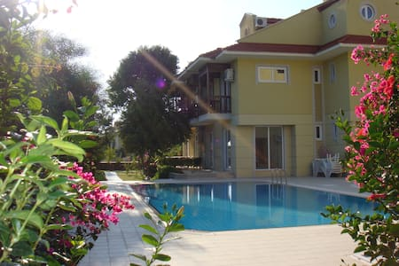 Town house RN2A only 80m to Beach - Fethiye