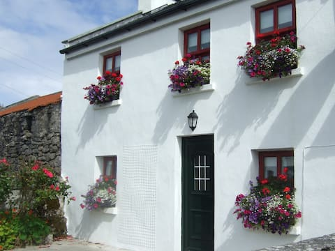 Inis Meain Keeper's Cottage