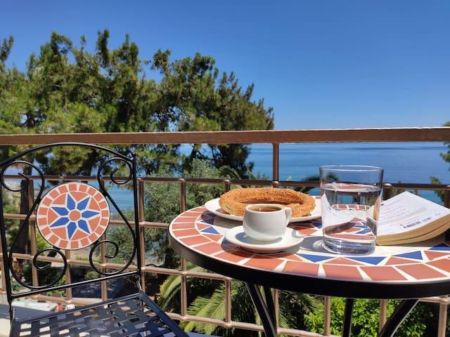 Blue Pine Luxury Villa in Palio, KVL Private Beach