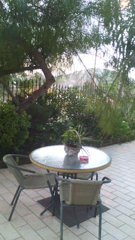 Appartamento  con spazi esterni - San Felice a Cancello