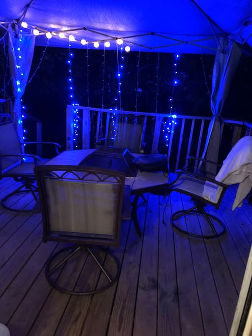 Back Deck with fire pit and Grill
