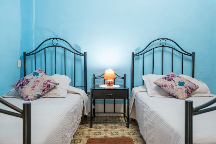 Camas personales / Twin beds