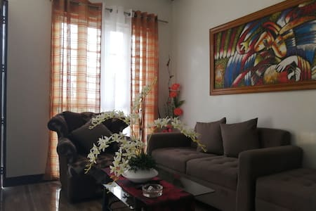 Nice & Cozy APT at Caltex/Diversion Road (D)