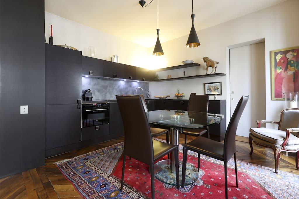 Le coin salle à manger / cuisine du living room