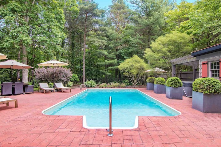 #Saugatuck Oasis w Private, Heated Pool
