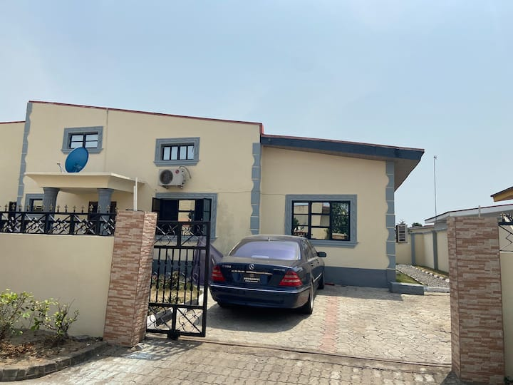 4 Bedroom bungalow in highly rated gated estate