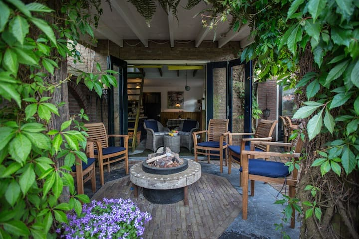 Cosy B&B with garden view (private unit). - Aarle-Rixtel - Aamiaismajoitus