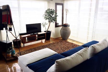 【No1】海が目の前のリゾートマンション。洋室7畳の個室です。 - 藤沢市 - Appartement