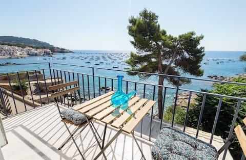 Precioso apartamento en primera línea de mar en Calella de Palafrugell