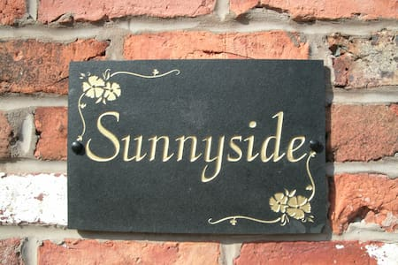 Sunnyside comfort, mod cons and relaxation.